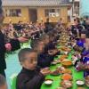 教育局回应一幼儿园让孩子学敬酒  让孩子从小就知道我们的民族特色